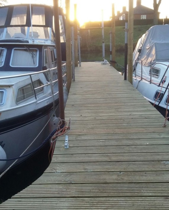 Marina new finger pontoon